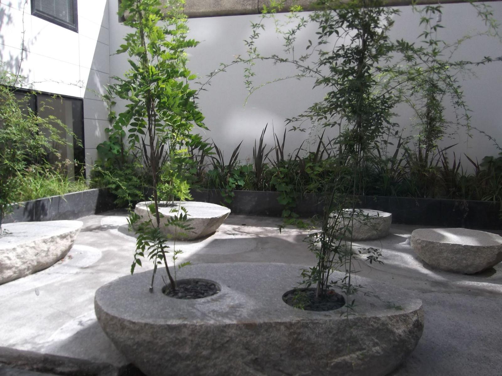 Cr ation d 39 espaces verts pour les collectivit s en gironde am nagement et entretiens de - Terrasse et jardin bordeaux roubaix ...